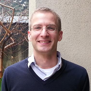Dr. Daniel M. Robert